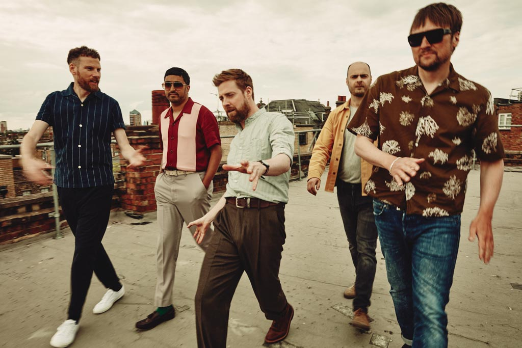 Kaiser Chiefs On Tour